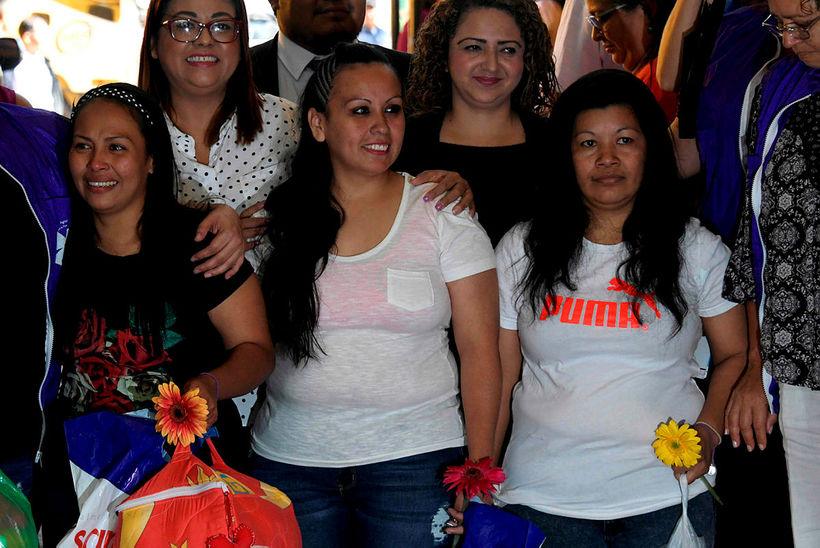 Cinthia Marcela Rodriguez, Alba Lorena Rodriguez og Maria Orellana.