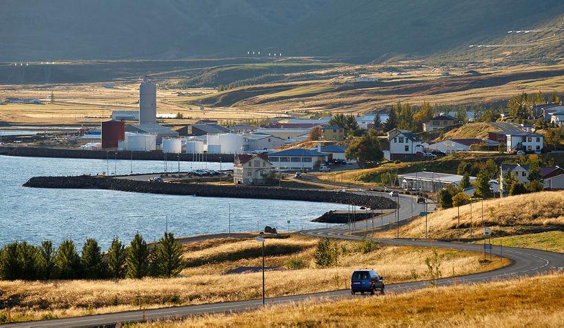 From Reyðarfjörður.