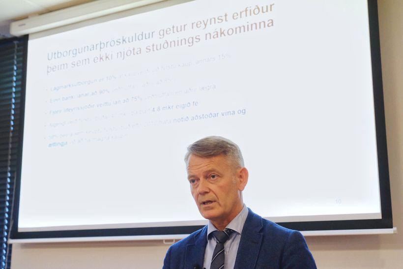 Frosti Sigurjónsson, formaður starfshóps stjórnvalda, á fundinum.