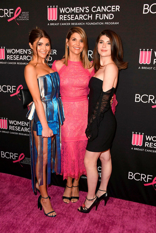 Olivia Jade Giannulli, Lori Loughlin og Isabella Rose Giannulli.