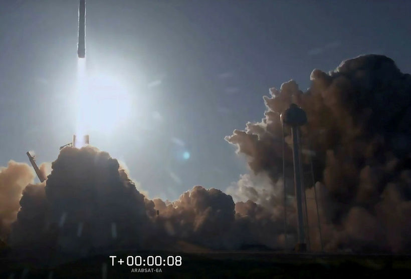 Allt gekk eins og í sögu þegar Falcon Heavy var ...
