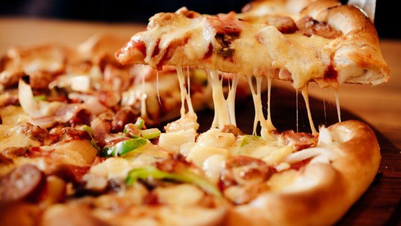 Hver elskar pizzu? Við og Donald Trump! Hann fer þó ...