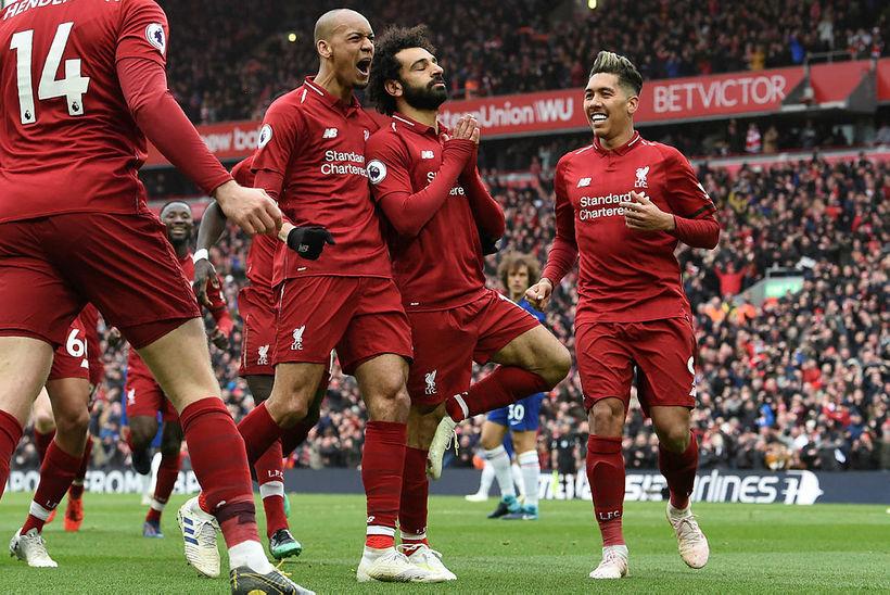 Leikmenn Liverpool fagna marki Mo Salah í gær.