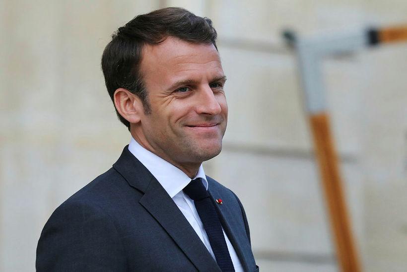 Emmanuel Macron Frakklandsforseti sagðist syrgja Notre Dame líkt og aðrir ...