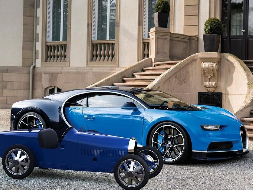Bugatti Baby II í góðum félagsskap stallbróður síns Bugatti Chiron.