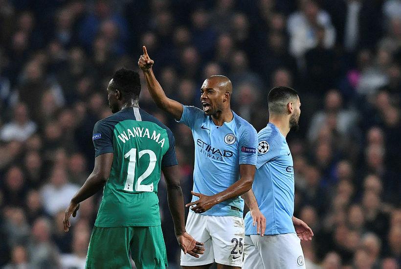 Fernandinho var í sárum eftir leik City og Tottenham í ...