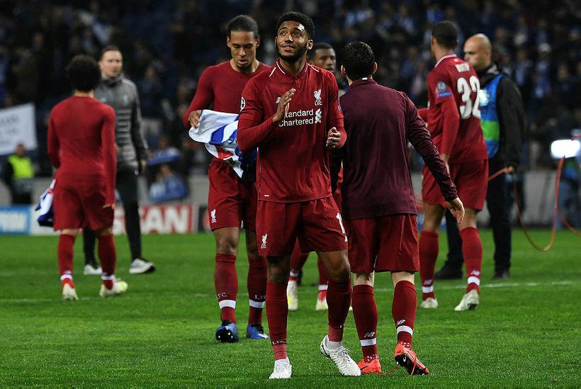 Joe Gomez kom inn á sem varamaður gegn Porto í ...