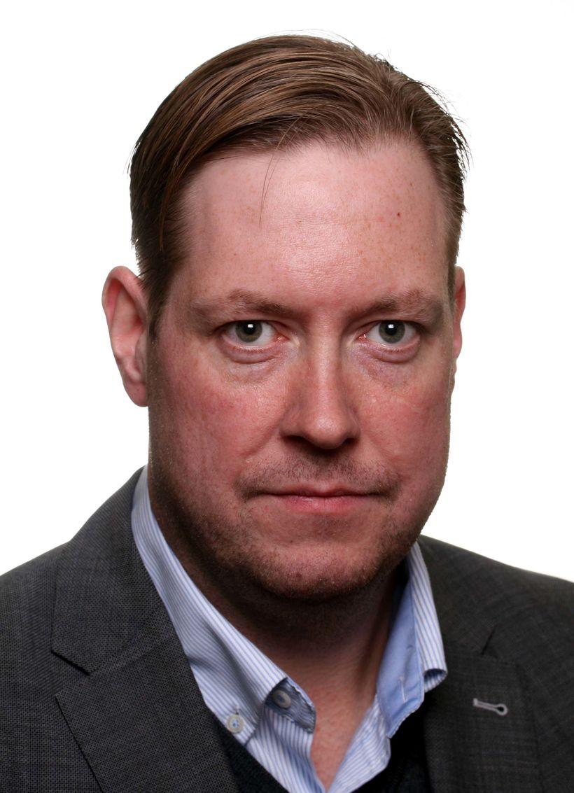 Jóhann Friðrik Friðriksson, forseti sveitarstjórnar Reykjanesbæjar, skákaði Silju Björk Gunnarsdóttur, …