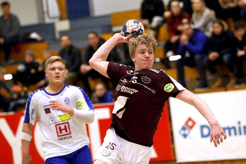 Haukur Þrastarson sækir að marki Breiðhyltinga.