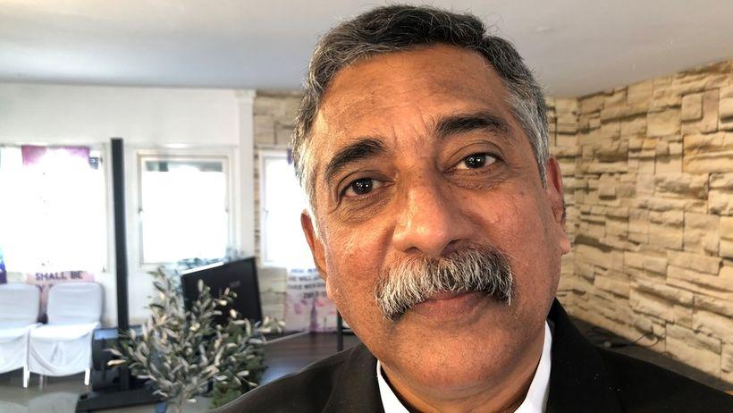 Roshan Mahesan, prestur hvítasunnusafnaðar á Sri Lanka, er staddur í ...