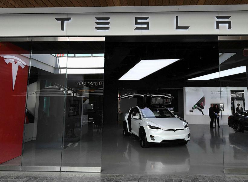 Tesla opnar útibú á Íslandi á næstunni.