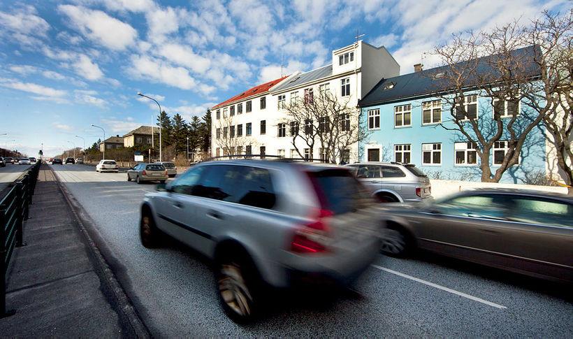 Tvö slys á börnum hafa orðið í umferðinni á Hringbraut ...