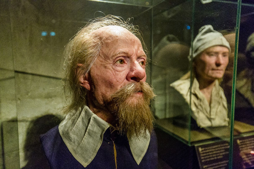 Vaxmynd af Hans Jonsson sem var hátt settur skipverji. Hægt ...