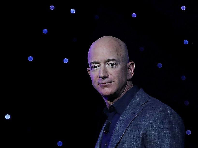 Bezos hefur verið á meðal ríkustu manna heims um nokkurra …