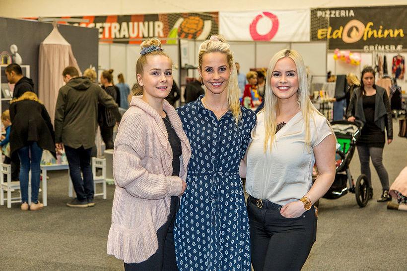 Sara Björk Purkhús, Eyrún Anna Tryggvadóttir og Olga Helena Ólafsdóttir ...