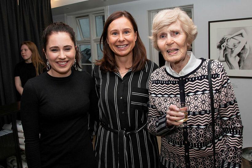 Rakel Tómasdóttir, Karen Bjarnhéðinsdóttir og Anna Ingvarsdóttir.