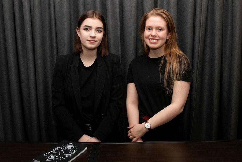 Oddný Svava Steinarsdóttir og Sigríður Sól Ársælsdóttir.