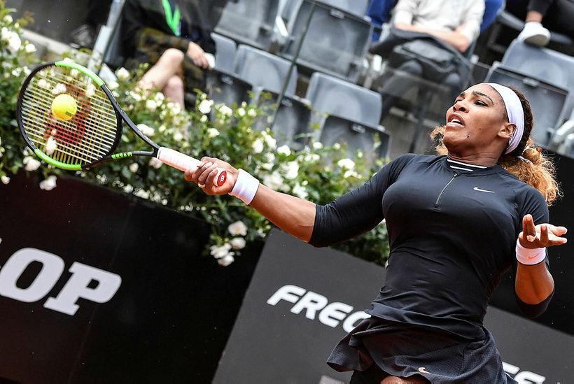 Serena Williams í leiknum gegn Rebeccu Peterson.