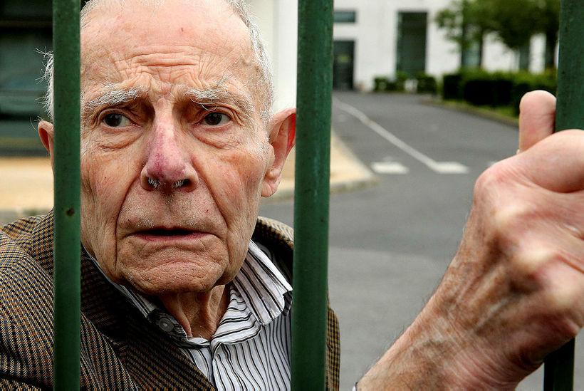 Pierre Lambert, faðir Vincent Lambert, er afar ósáttur við ákvörðunina ...