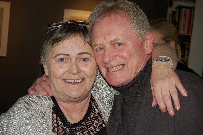 Sæbjörg Ólafsdóttir og Laddi.