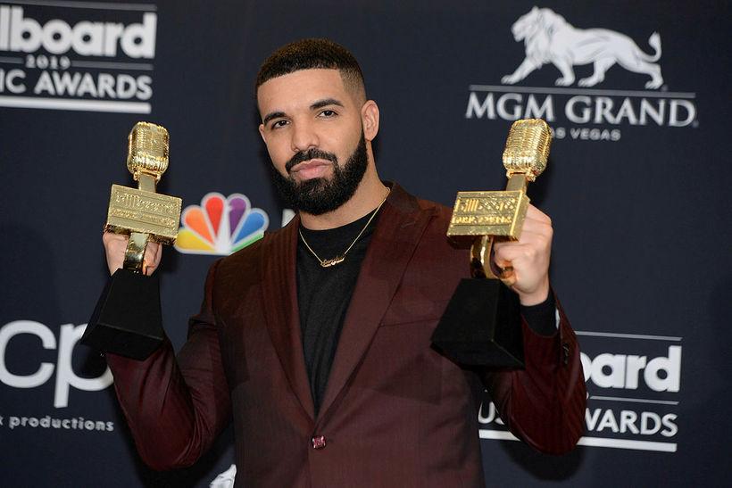 Drake hefur átt 35 lög á lista Billboard.