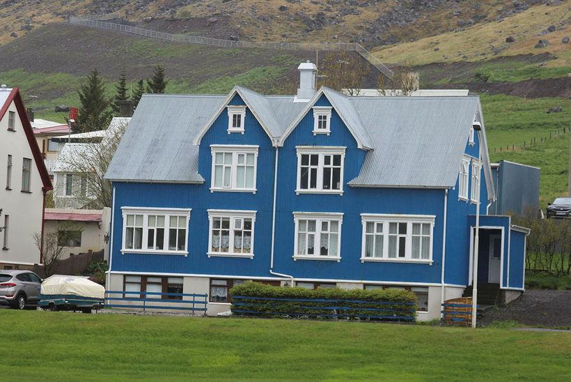 Former President Ólafur Ragnar Grímsson's childhood home in Ísafjörður.