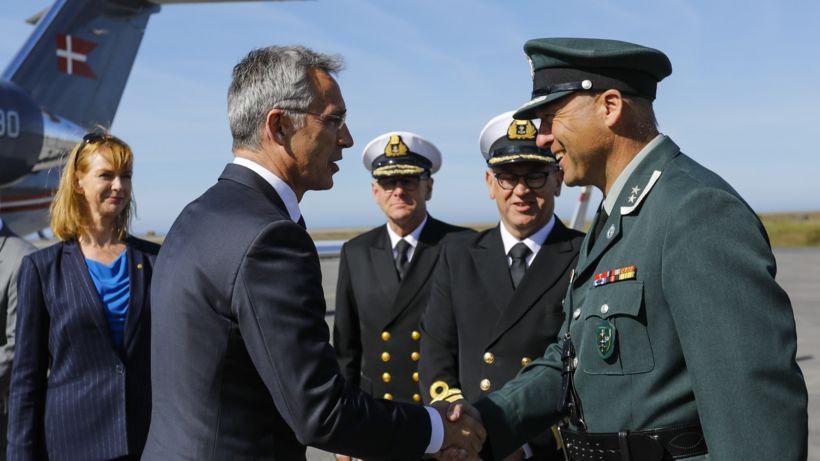 Tekið var á móti Jens Stoltenberg, framkvæmdastjóra NATO, á Keflavíkurflugvelli ...