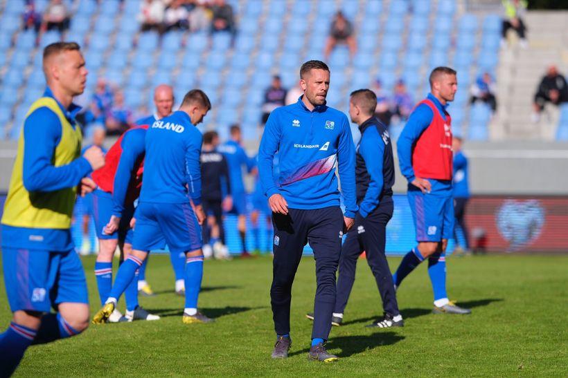 Gylfi Þór Sigurðsson, during the warmup.