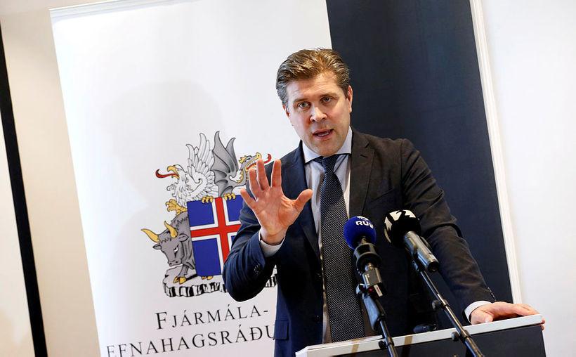 Bjarni Benediktsson fjármálaráðherra hefur lagt fram endurskoðaða fjármálaáætlun fyrir árin ...