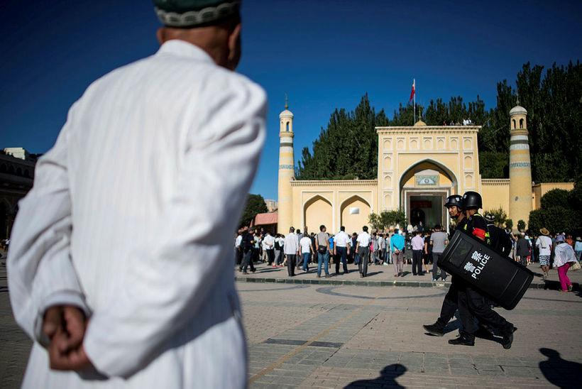 Id Kah-moskan í Kashgar í Xinjiang-héraði Uighur. Dvölin í endurhæfingarbúðunum …