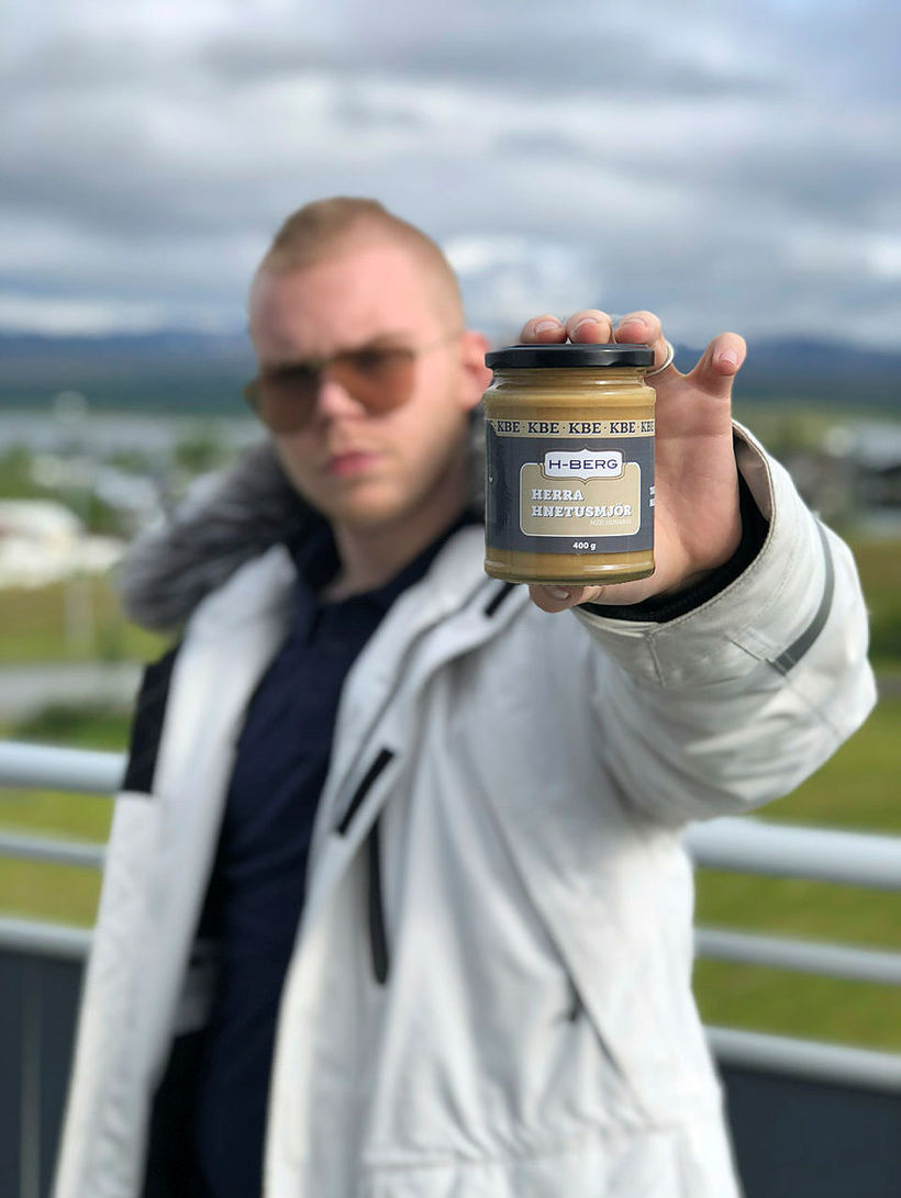 Herra Hnetusmjör skemmti í brúðkaupi Gylfa Þórs Sigurðssonar og Alexöndru ...