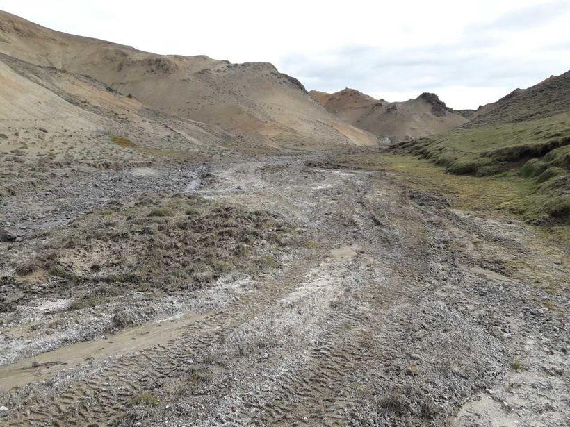 Líklega var ekið utanvegar rétt fyrir hvítasunnuhelgi.