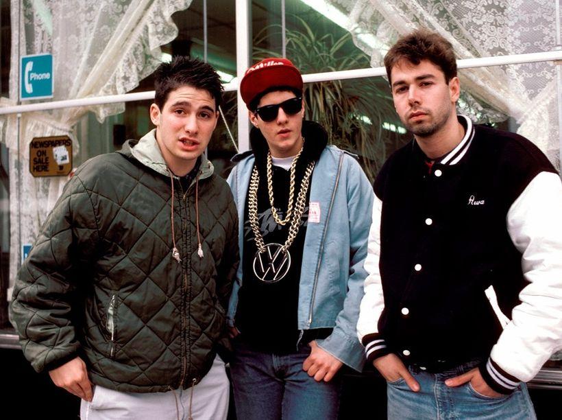 Rapptríóið Beastie Boys á níunda áratugnum. Adam Horovitz, Michael Diamond, …