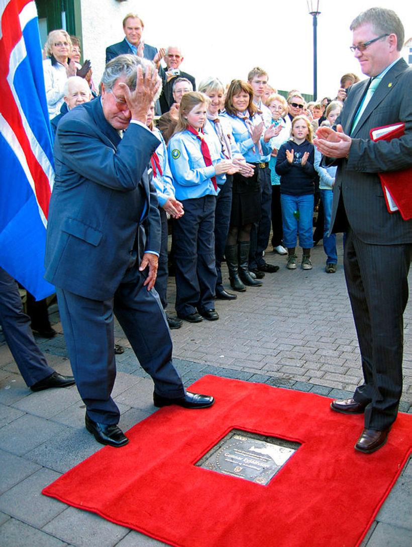 Gunnar Eyjólfsson skátahöfðingi og leikari var heiðraður árið 2007. Einn ...