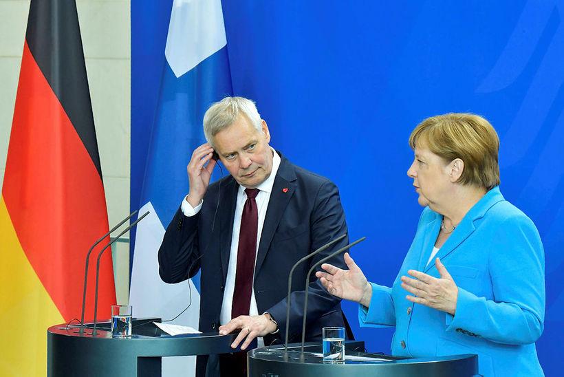 Angela Merkel og Antti Rinne í dag.
