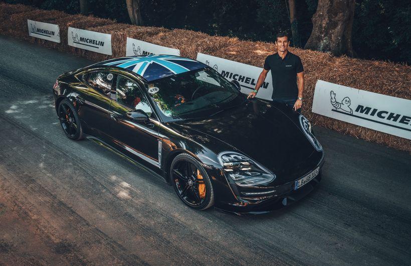 Marc Webber ók frumgerð hins nýja Porsche Taycan í Goodwood. ...