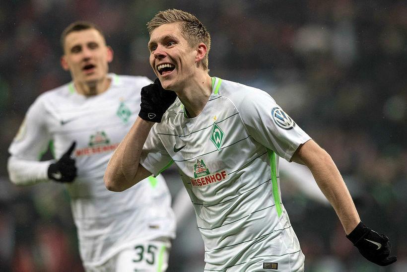 Aron Jóhannsson fagnar marki í leik með Werder Bremen.