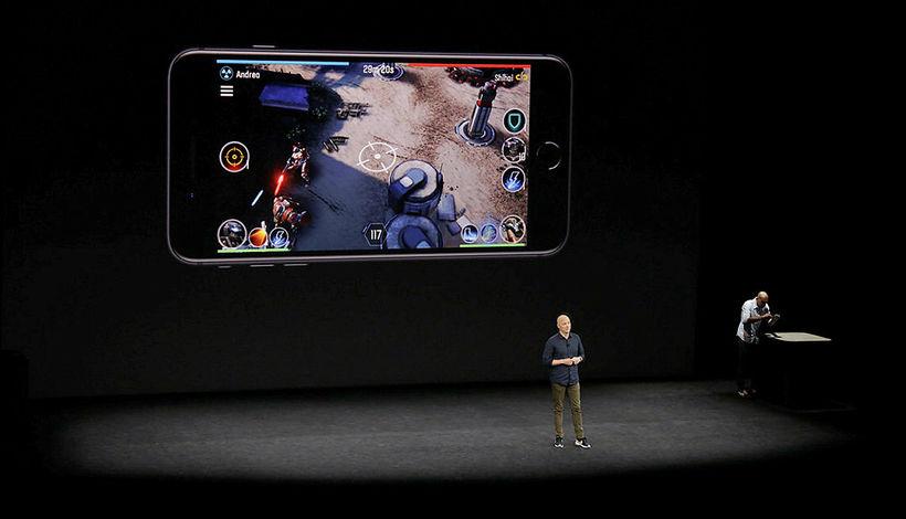 Atli Már hélt kynningu hjá Apple.