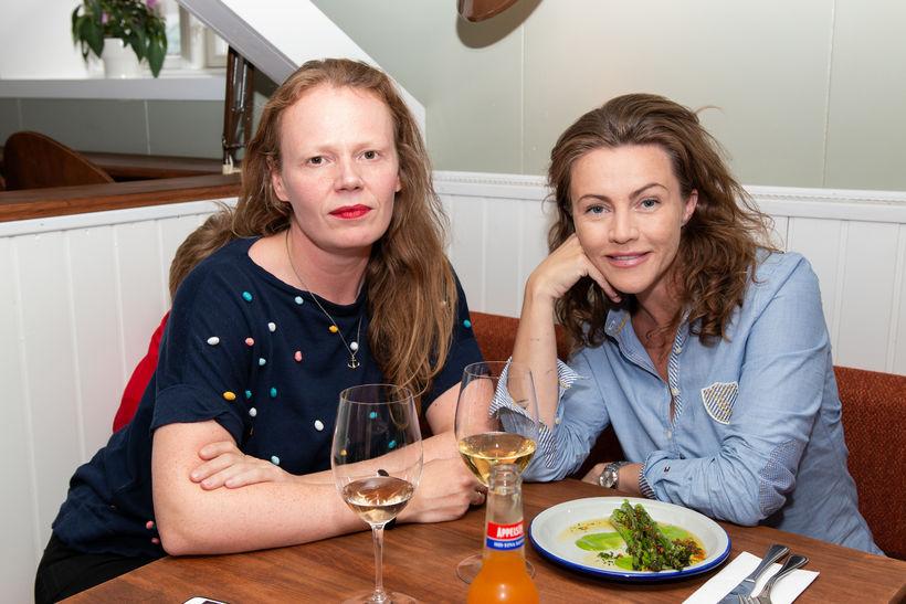 Inga Magnea Skúladóttir og Jóhanna Sigurðardóttir.