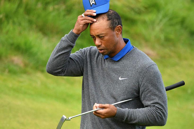 Tiger Woods var ekki skemmt að lokinni átjándu holunni í ...