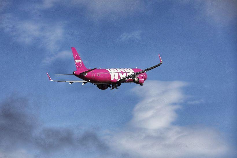 TF-GPA, vél ALC af gerðinni Airbus A321, er laus úr ...