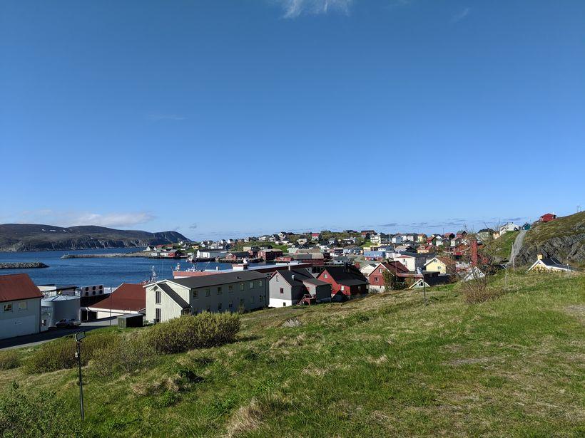 Horft yfir Mehamn, nyrst í Finnmörku, þar sem harmleikur varð ...