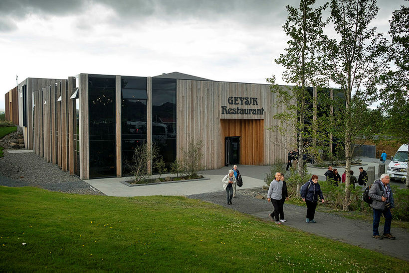The new Hótel Geysir.