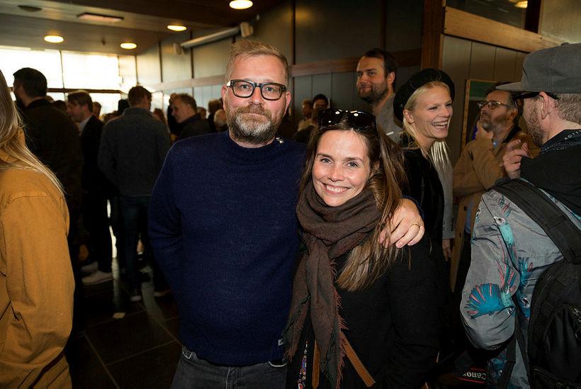 Gunnar Örn Sigvaldason og Katrín Jakobsdóttir.