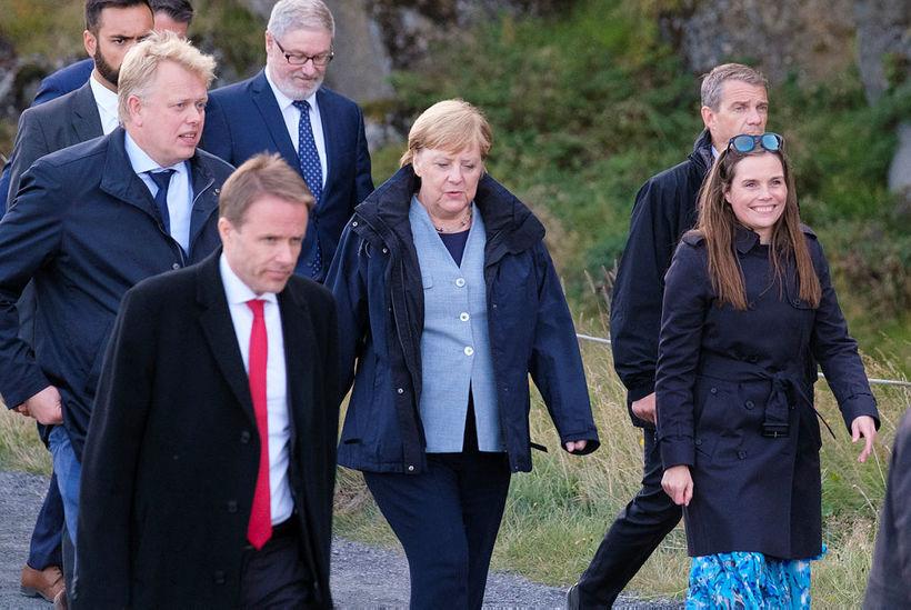 The leaders, looking happy, at Þingvellir.