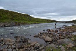 Veiðistaðurinn Sigurhylur (E.P.) í miklu vatni, en hann er mjög ofarlega í Kjarrá.
