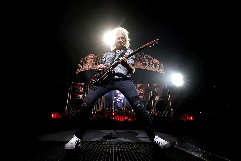 Brian May segir að Queen hafi verið beðin um að …
