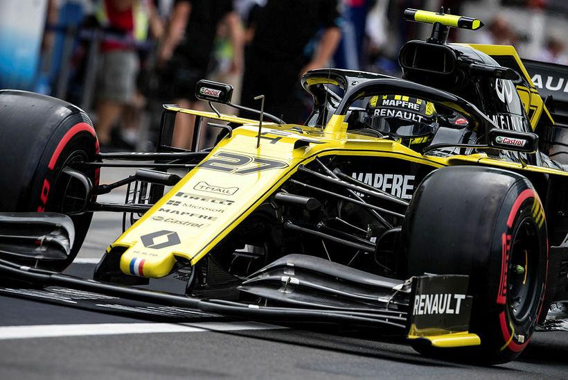 Nico Hülkenberg á ferð á Renaultbílnum í sumar.