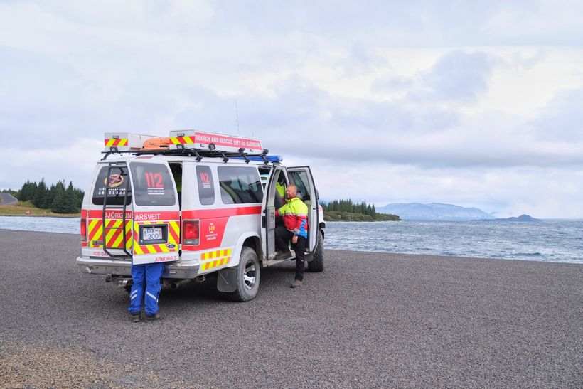 Rescue workers on the shore of Þingvallavatn lake.
