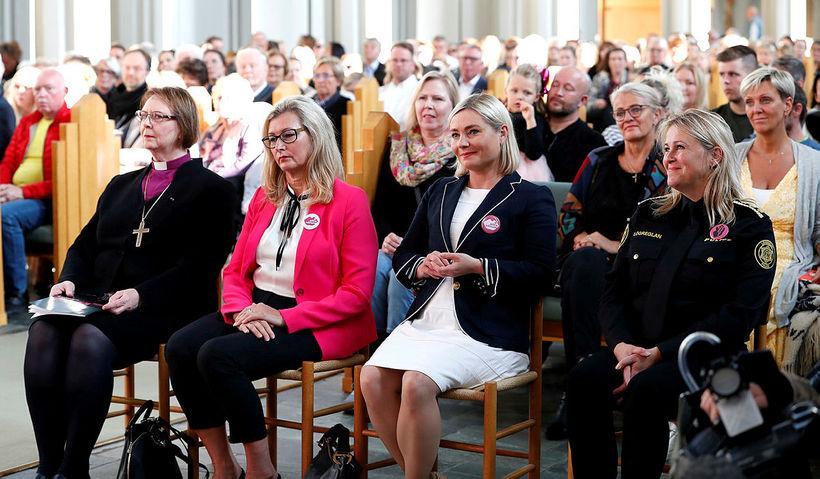 Biskup Íslands, Agnes M. Sigurðardóttir, Alma Möller landlæknir, Lilja D. …